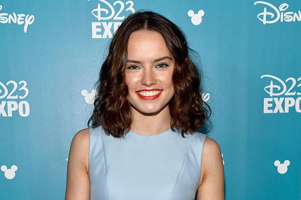 Daisy Ridley giant forehead